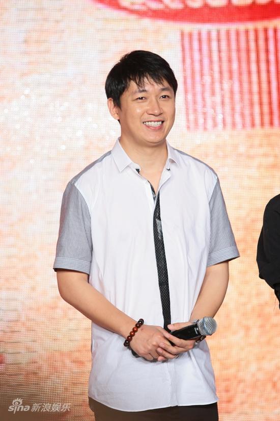 图文:《天安门》官网上线-潘粤明面露笑容