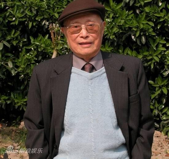 图文:顾也鲁资料图片-担任《鸡毛信》制片主任