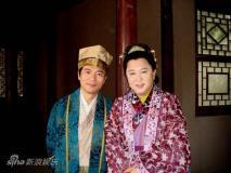 黄健翔客串《三笑》自称扮华安比郭德纲帅(图)