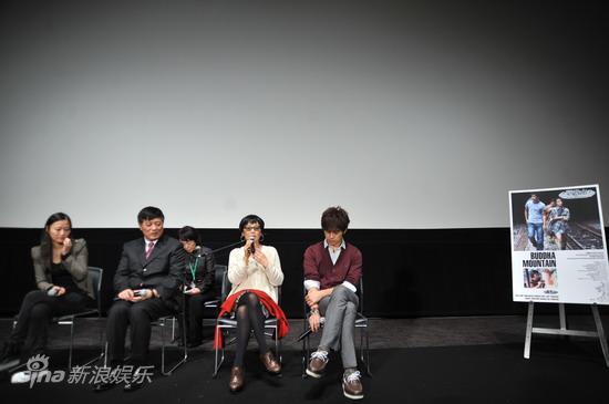 图文:《观音山》首映-主创接受观众提问