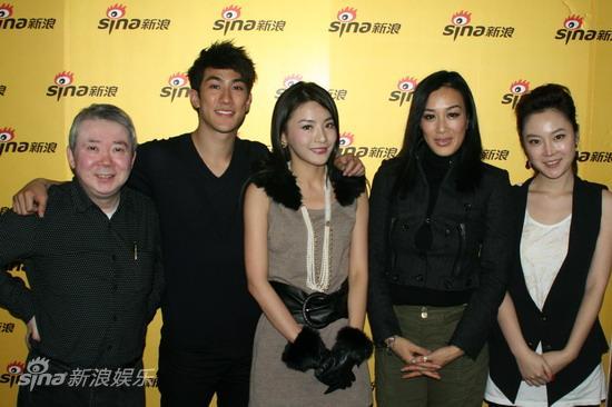 图文:《李小龙》主创做客-嘉宾和主持人合影