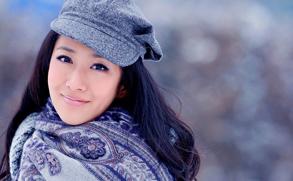 高清图:刘思彤最新写真 演绎白雪公主的唯美童话
