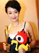 马伊�P凭《江北好人》获最佳女主角