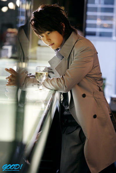 韩娱每周一星:申彗星十年歌坛磨砺爱超越国界