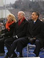 奥巴马和拜登夫妇