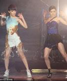 范晓萱与小S表演舞蹈
