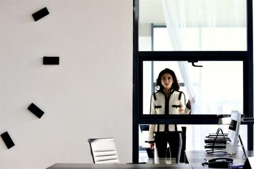 《我的美女老板》:黑白分明的爱情良品(图)