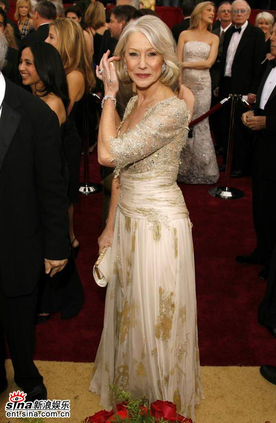 盘点07好莱坞女星红地毯秀--海伦-米伦