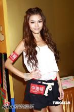 策划:娱乐时代作秀潮香港嫩模争议事件