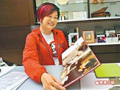陈淑芬与张国荣认识22年,情同姐弟