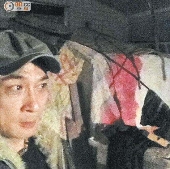 吴镇宇在怒丢咖啡杯当天在微博上载看似仍愤怒的照片。