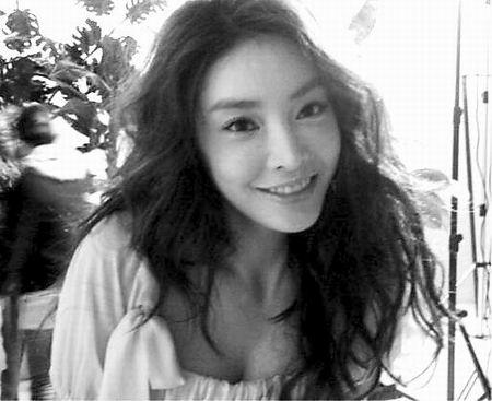 韩星张紫妍自缢身亡姐姐:她一直有抑郁症(图)