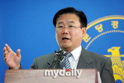 张紫妍原经纪人刘长浩被警方立案调查