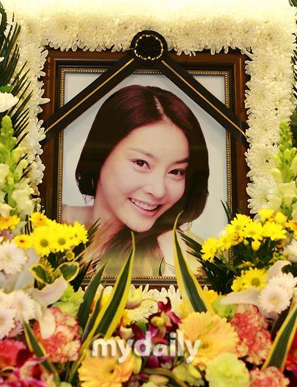 韩国警方宣布将重新对张紫妍自杀案调查(组图)