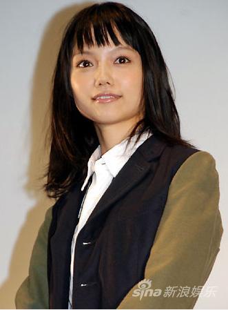 《妈妈要出嫁》办活动 宫崎葵大竹忍出席(组图)