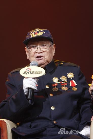 88岁抗战老兵刘世雄畅谈四次亲历国庆阅兵