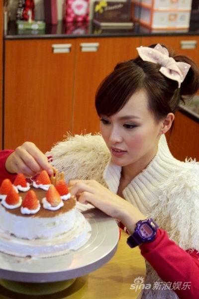 唐嫣打造浪漫白色情人节教你做甜蜜蛋糕(图)