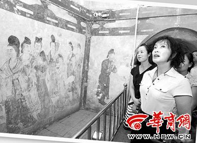 刘晓庆拜访武则天称到乾陵就像回到家(图)