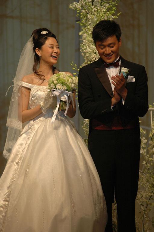 佟大为婚礼低调结束亲友相助情谊无价(组图)