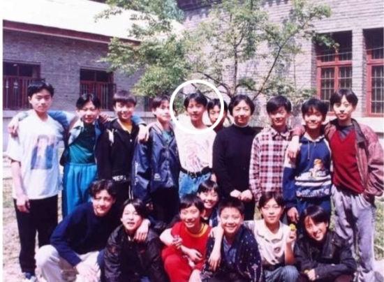 韩庚晒学生时期旧照