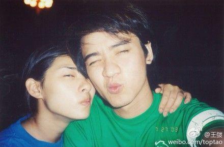 刘璇老公晒11年前情侣旧照