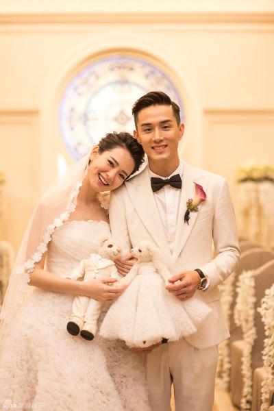 戚薇李承铉美国大婚 众好友微博送祝福|戚薇|李