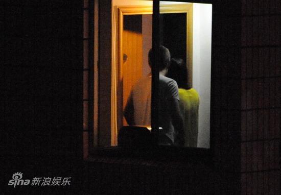 马雅舒与老外同居三日未出房门
