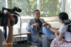 微博联播:周立波夫妇应联合国邀请进行演讲