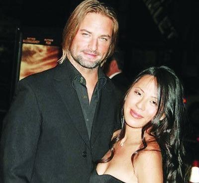 乔什-哈洛威与妻子
