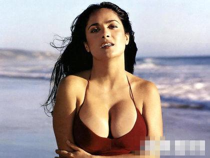 墨西哥波霸女星海雅克被赞胸最美
