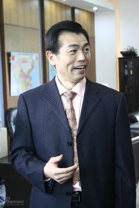 资料:《家有公婆》人物--杨光华饰杜八根(2)