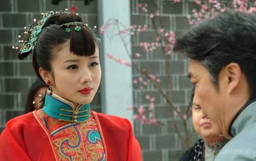 """《玫瑰江湖》演绎女人""""江湖""""于正大赞孙菲菲"""