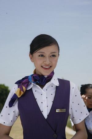 张纪中亲自挑选空姐