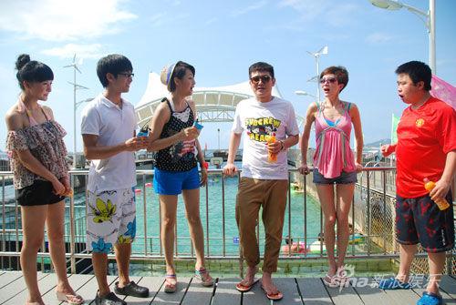 郑亦桐等六人齐聚亚龙湾
