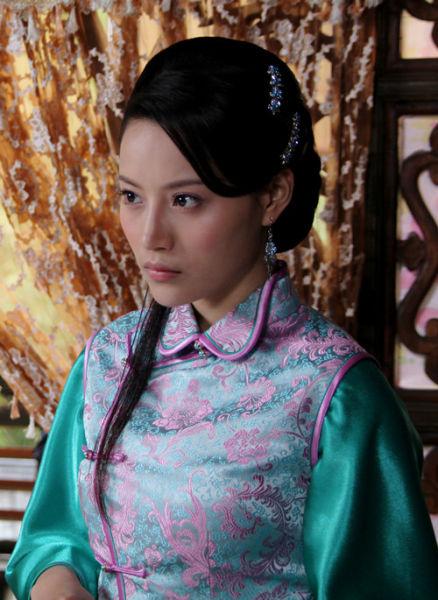 曾在《刁蛮俏御医》中以敢爱敢恨,刁蛮任性却又傻傻可爱的大小姐赵