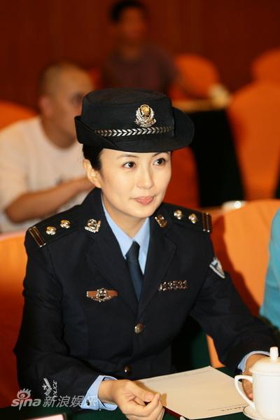 图文:《缉毒先锋》发布会-主演杨童舒