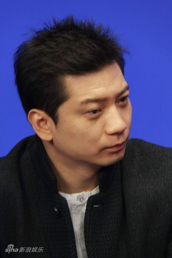 图文:《身份的证明》做客-男演员田雨