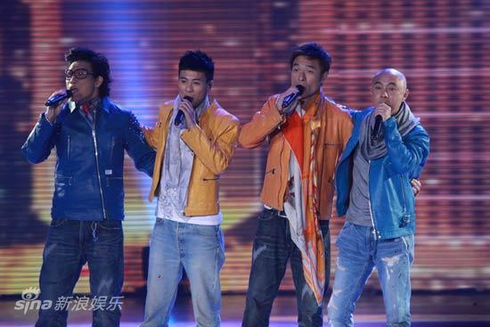 图文:2010湖南春晚现场-Big4联唱