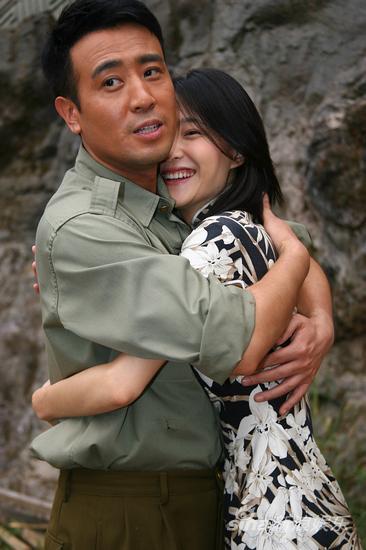 图文:《青盲》探班-于和伟拥抱王丽坤香港电视剧大全古装神话剧图片