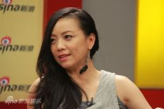实录:邓萃雯做客新浪不爱重复想挑战钢管舞