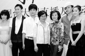 新《红楼梦》拍元妃省亲邀观众到剧组探班(图)