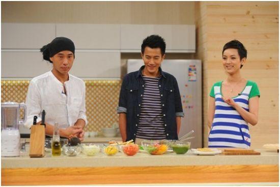 《九阳健康食尚家》刘恺威学习吃肉减肥法蓝瘦左右脸颜色不一样好看吗图片
