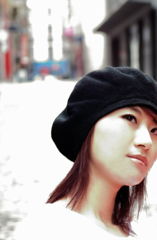 尚雯婕签售会将为南京大屠杀70周年默哀悼念