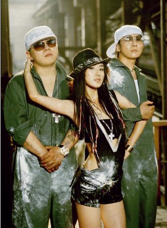 T.H.P全国巡演福州站嘻哈之夜HIGH翻天(图)