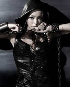 安室奈美惠演唱会华丽歌喉满足45万歌迷