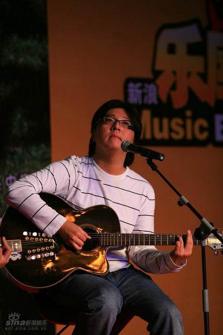 袁惟仁得知消息很惊愕华语乐坛失去一个好声音