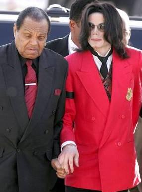 父亲接受美广播公司采访称杰克逊无法唱完50场