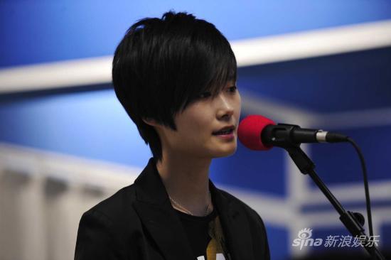 李宇春个唱首唱新歌将与歌迷合唱《活该》(图)