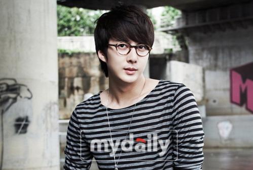 SS501金亨俊签约新东家与姜志焕曹成模同门
