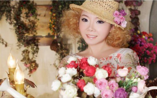 《恋曲2012》红遍网络 歌手陈美惠被热捧